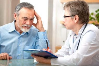 depositphotos_22164099-stock-photo-doctor-and-patient.jpg